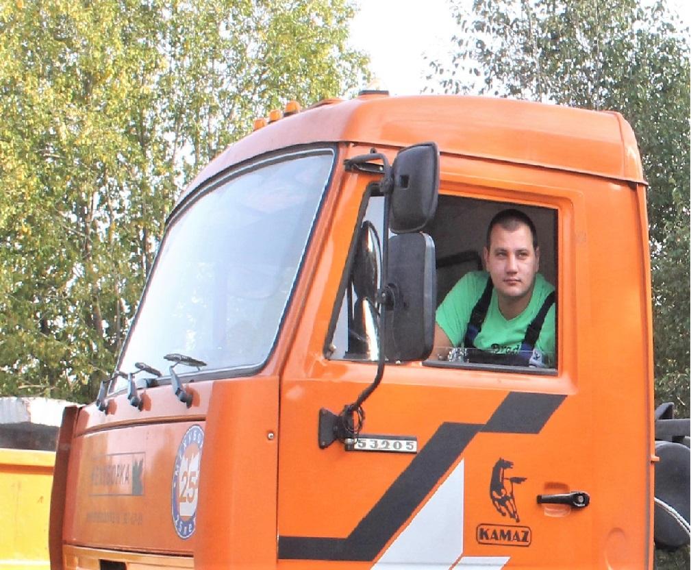 Сотрудник Мехуборки: Экипаж мусоровоза должен друг друга понимать с полуслова
